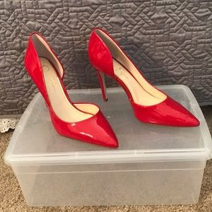 Red Jessica Simpson heels size 8